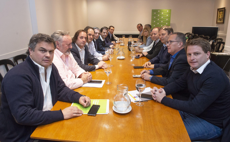 INTENDENTES DEL PJ PIDIERON A MINISTROS DE VIDAL QUE DECLAREN LA EMERGENCIA SOCIAL