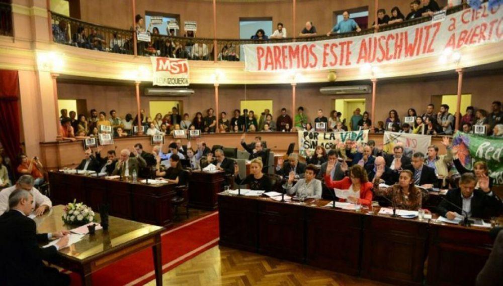 FINALMENTE, EL PERONISMO FRENÓ LA LEY DE AGROQUÍMICOS EN DIPUTADOS