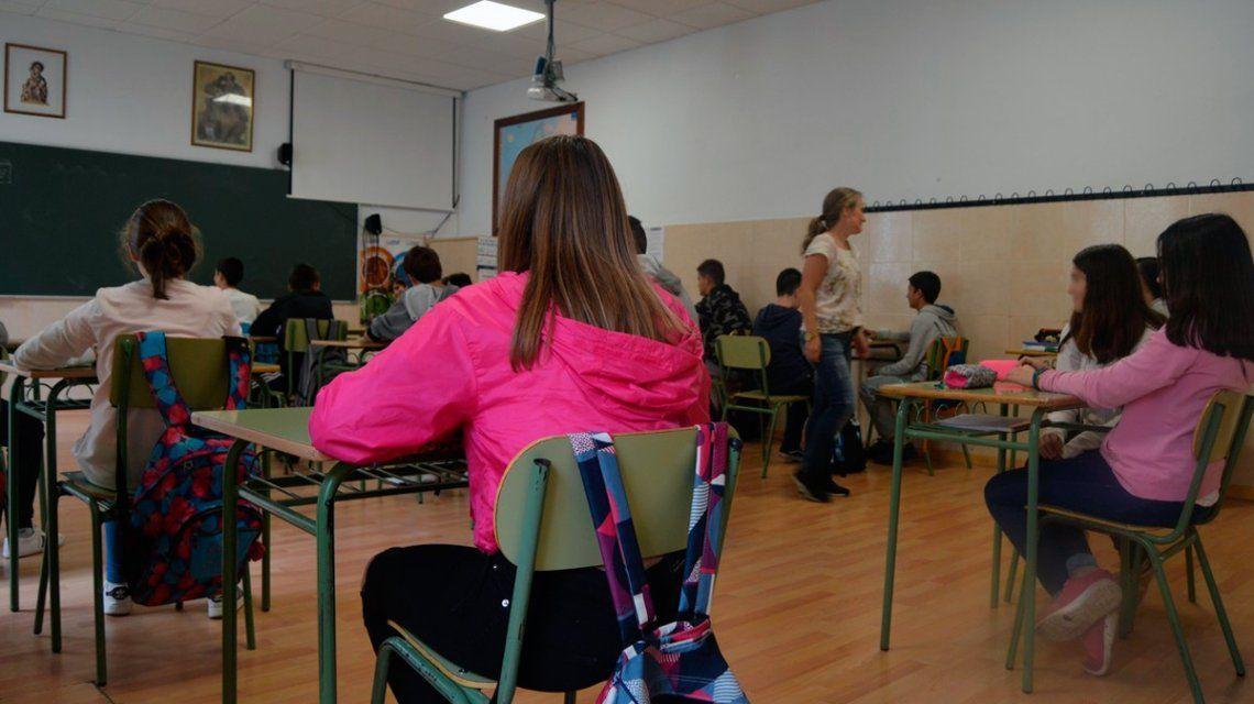 PREOCUPANTE CIFRA: 4 DE CADA 10 JÓVENES ARGENTINOS NO TERMINAN LA ESCUELA SECUNDARIA