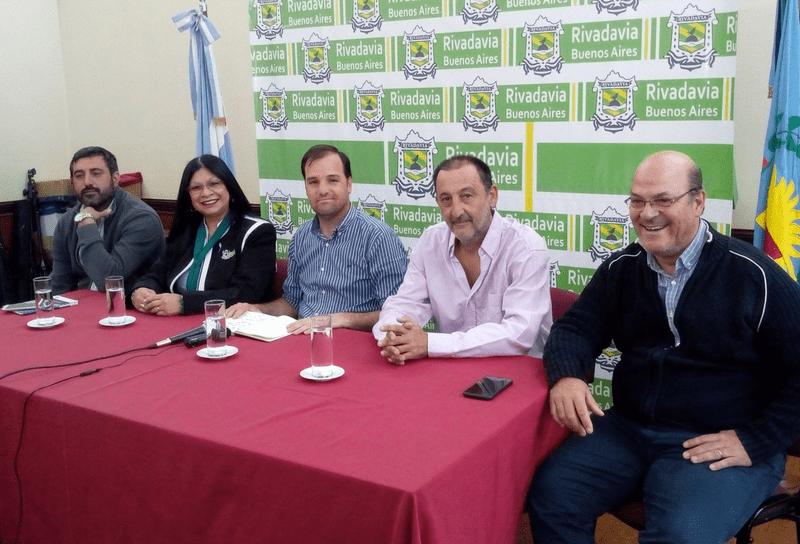 REYNOSO ANUNCIÓ IMPLEMENTACIÓN DE CLÁUSULA GATILLO EN DICIEMBRE Y AUMENTO EN ENERO PARA LOS MUNICIPALES