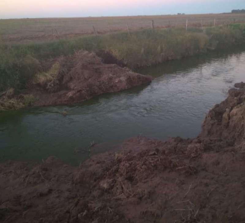 EL FISCAL AGÜERO DENUNCIO QUE PRODUCTORES CORDOBESES ROMPIERON CANAL QUE EVITA INUNDACIONES EN LA PAMPA