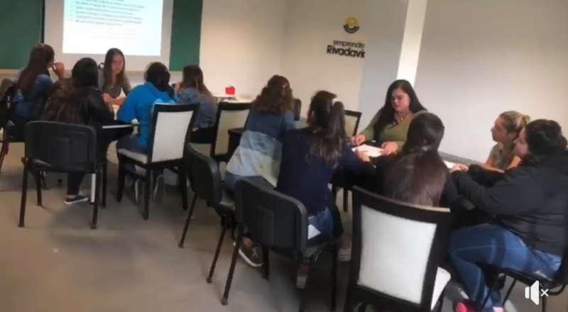 ENTREGARON CERTIFICADOS A PARTICIPANTES DEL TALLER DE ORIENTACIÓN LABORAL