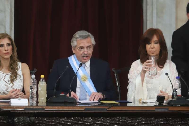 PRIMEROS ANUNCIOS DE FERNÁNDEZ: INTERVENCIÓN DE LA AFI Y REFORMA JUDICIAL