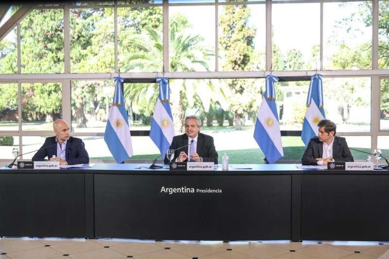 """""""LA ECONOMÍA SE PUEDE RECUPERAR, LO QUE NO VAMOS A RECUPERAR SON LOS 1000 ARGENTINOS QUE YA NO ESTÁN"""""""