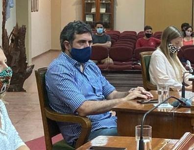 """PARA HERNÁNDEZ EL MUNICIPIO HIZO """"POCO Y NADA"""" PARA AYUDAR A LOS COMERCIOS AFECTADOS POR LA PANDEMIA"""