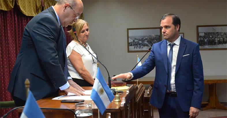 EL CONCEJAL ROSOLEN, UN SÍMBOLO DE LA DESMEMORIA DE RIVADAVIA PRIMERO